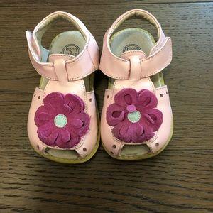 Other - GUC Livie and Luca blossom sandals size 7